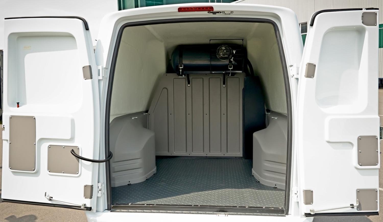 Les 3 étapes pour installer un Kit aménagement dans son vehicule utiliaire à La Réunion