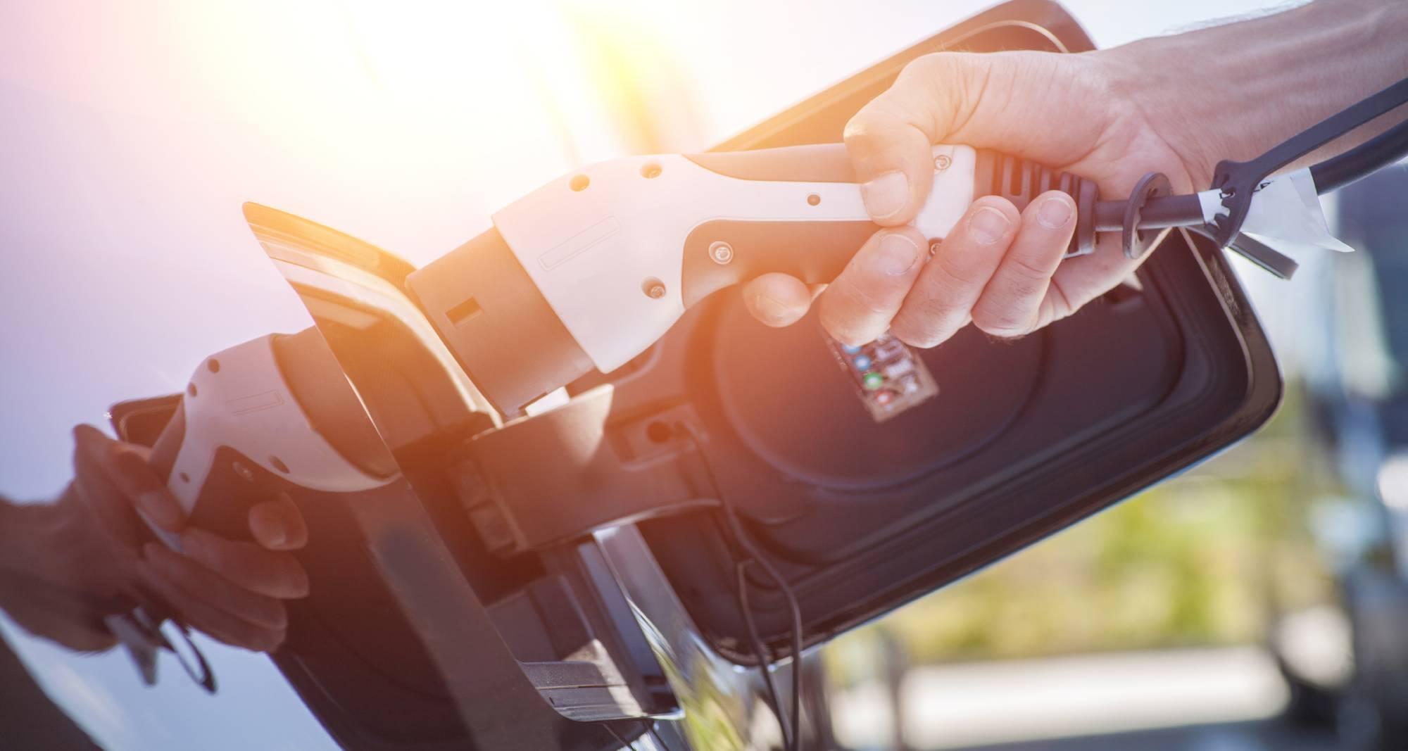 Quel véhicule électrique choisir pour son activité professionnelle ?
